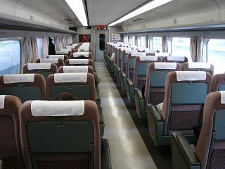 DSC00333グリーンヤ並の普通席1 50%.JPG